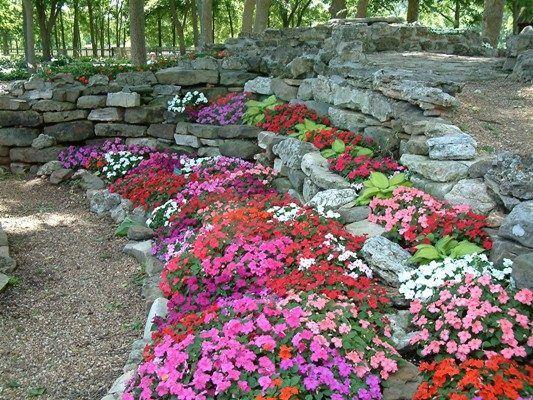 Des pierres décoratives pour aménager votre jardin | Jardin en ...
