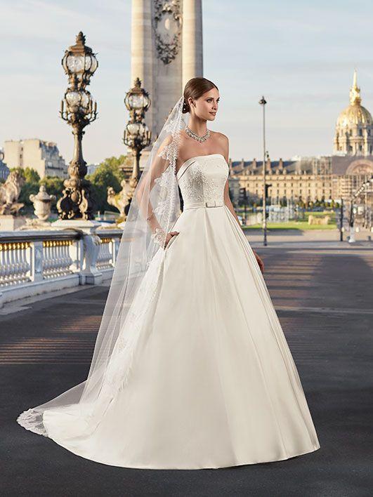la clientèle d'abord nouveaux articles répliques Pronuptia collection 2018, robe de mariée, robe de mariée ...