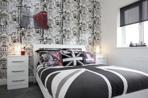 Really cute British flag bedroom theme!
