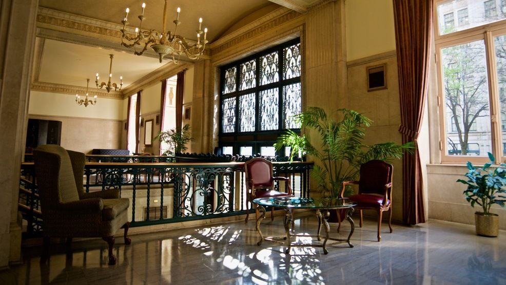 Built In 1923 By Prominent Cincinnati Architecture Firm Garber And  Woodward, The Cincinnati Club Is Good Looking