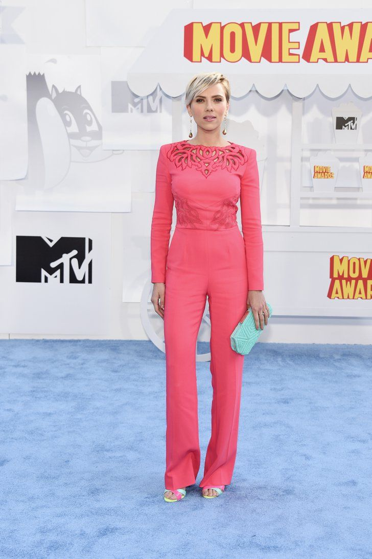 Pin for Later: See All the Style Straight From Last Year's MTV Movie Awards Scarlett Johansson The actress made a statement in a bold-hued Zuhair Murad jumpsuit and Sophia Webster heels.
