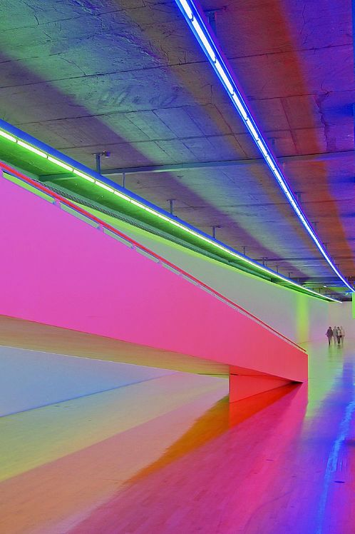 Dan flavin art experience nyc for Neon artiste contemporain