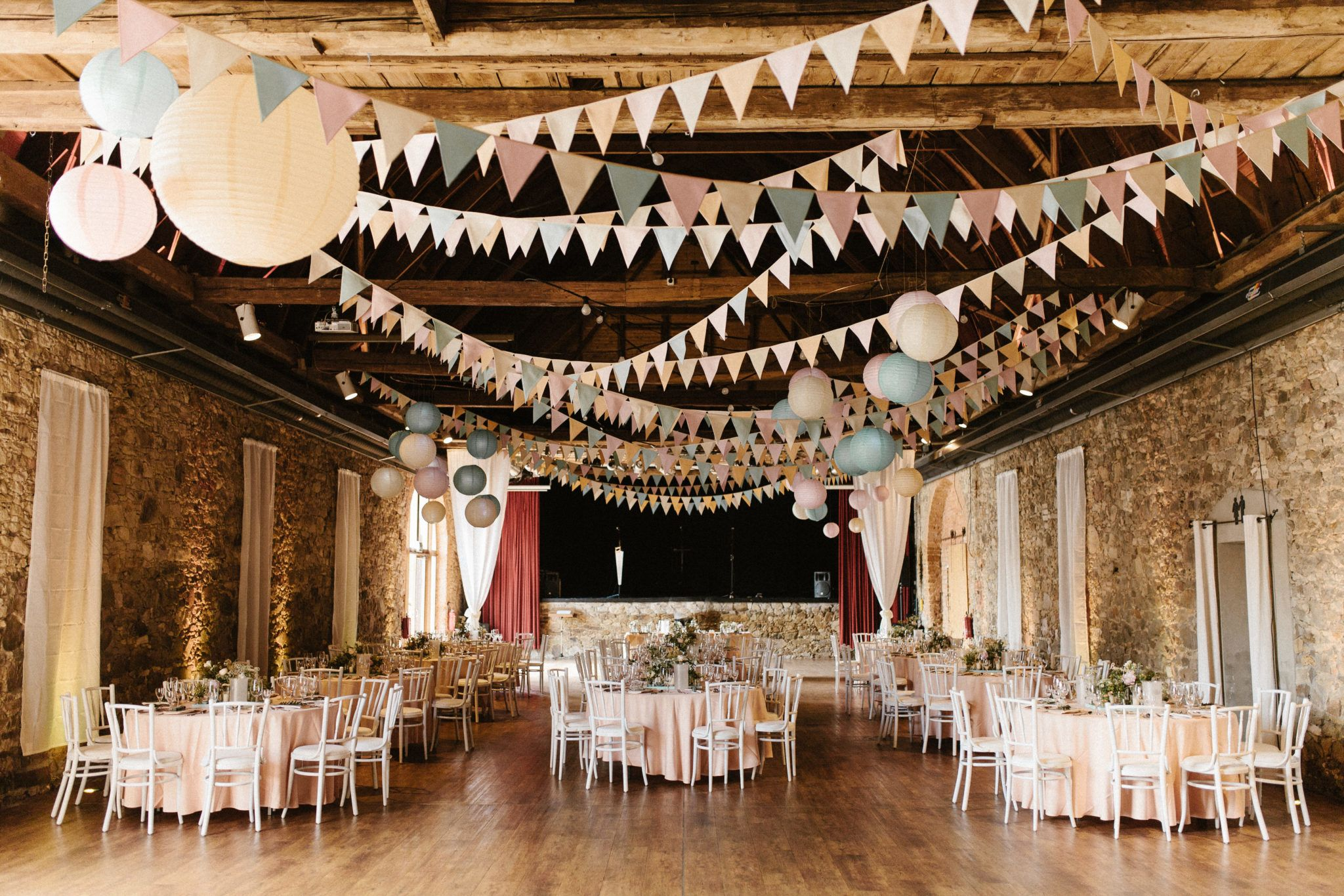 Wimpel Mieten Fur Hochzeit Vintage Scheunenhochzeit