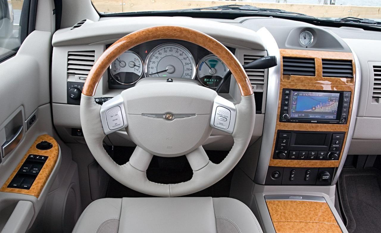 2016 Chrysler Aspen Interior View