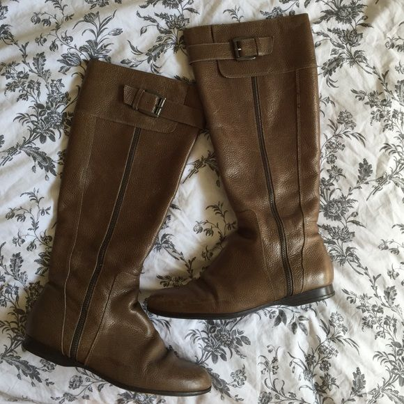 Enzo Angiolini Zayra Brown Boots Used Enzo Angiolini boots in medium brown.  Great for legs with large calves and there s a zipper to p… 66084d9b6eab