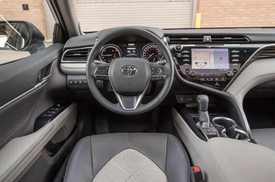 2018 Toyota Camry Xse Hybrid Xle Cabin 01 Jpg Automobile Magazine Staff Camry Toyota Toyota Camry