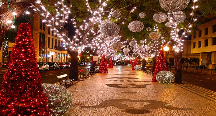 Funchal Weihnachtsbeleuchtung.Pin By Brooke Marie On Wedding And Home Ideas Christmas Lights