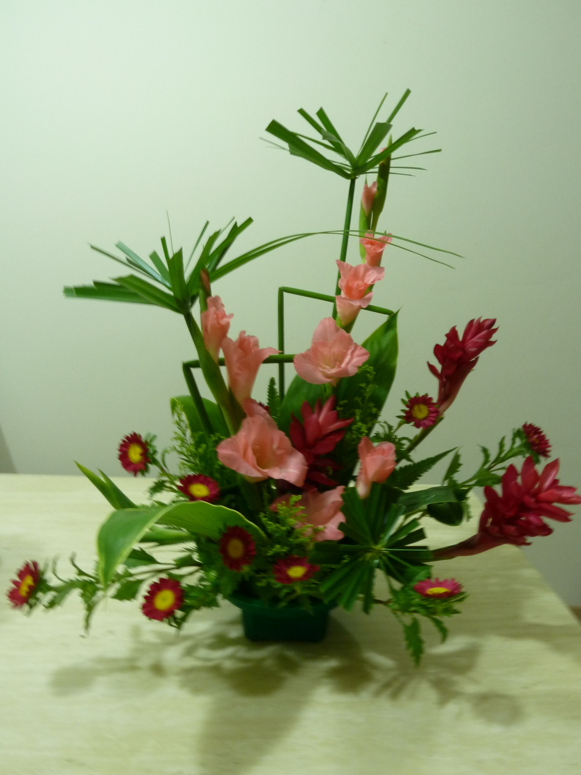 Japanese Flower Arrangements Japanese Ikebana Arrangement