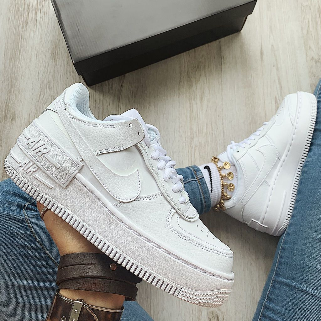 "Nike Air Force 1 ""Triple White"" ⚪️⚪️ •DIFFERENT PAIR"