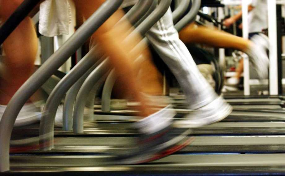 Fitness clubs facing 10 billion revenue hit as members