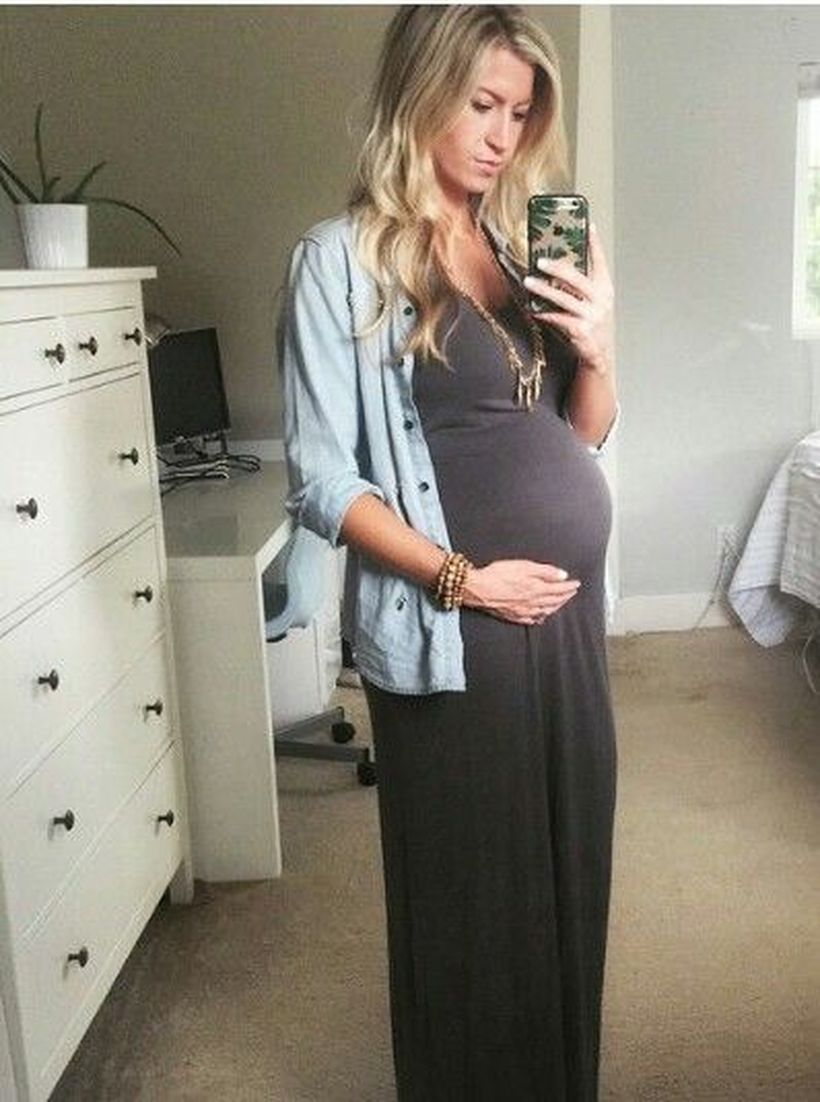 fashionable maternity outfits ideas for summer and spring