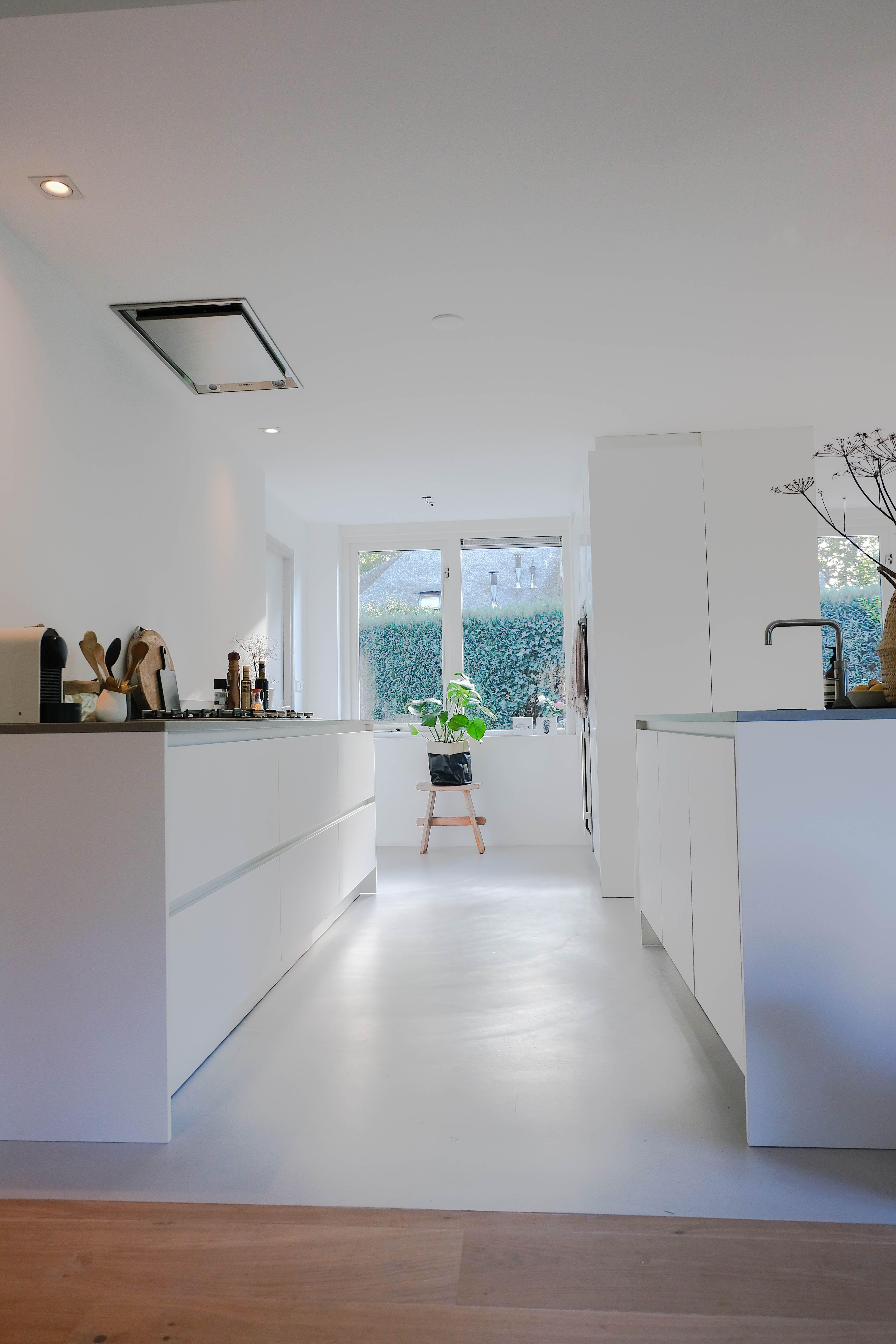 Spiksplinternieuw Stone Gietvloeren | Open keuken en woonkamer, Keuken vloeren BQ-87