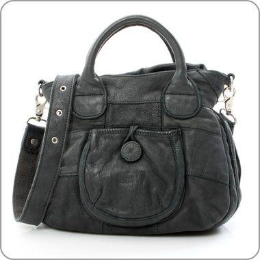 "FREDsBRUDER leather bag ""Kleines Knopfauge"" Petrol. www.milksugar.de"