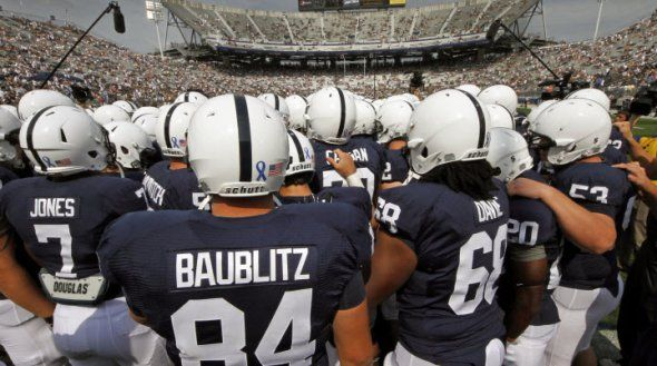 Penn State And Their Iconic Uniforms Now Have Names On The Back For The First Time College Football Uniforms Football Uniforms College Football