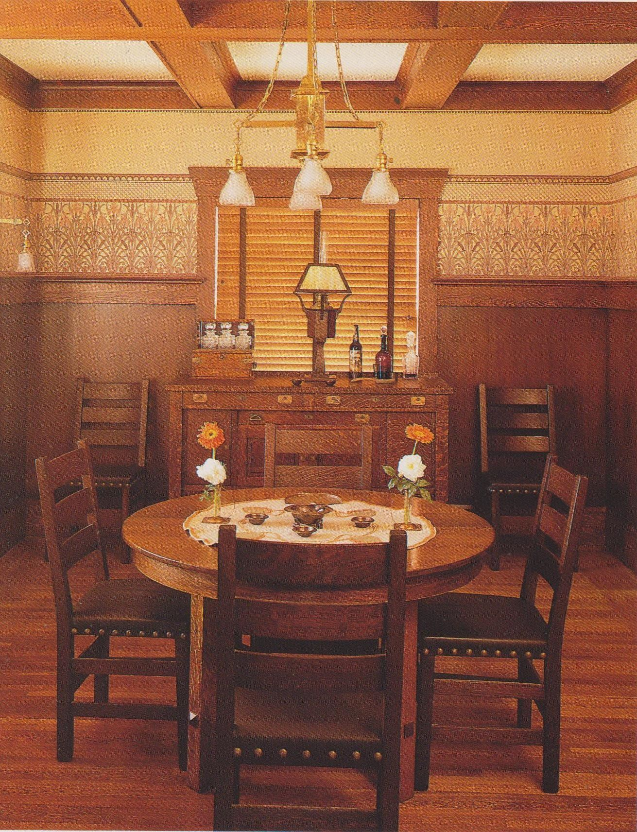 Arts and crafts movement craftsman bungalow mission - Arts and crafts bungalow interiors ...