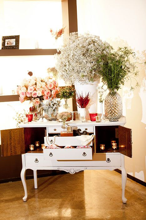 D Weddings | Amy Wineinger U0026 John Valle, Rustic/vintage Wedding Decor