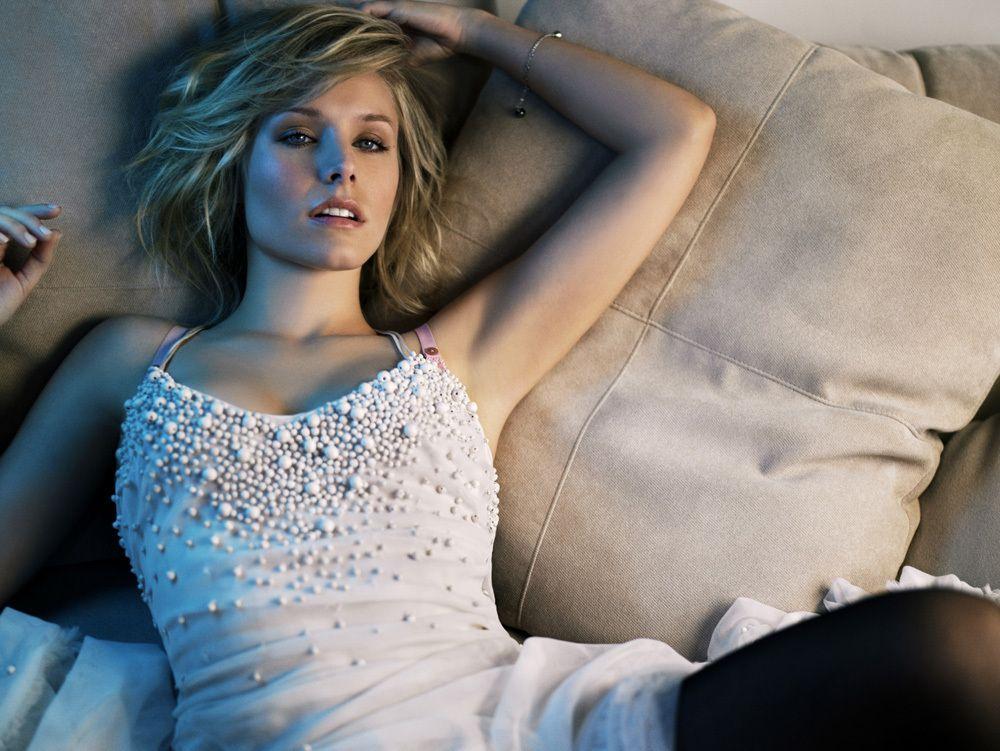 Celebrity Pics: AnnaSophia Robb