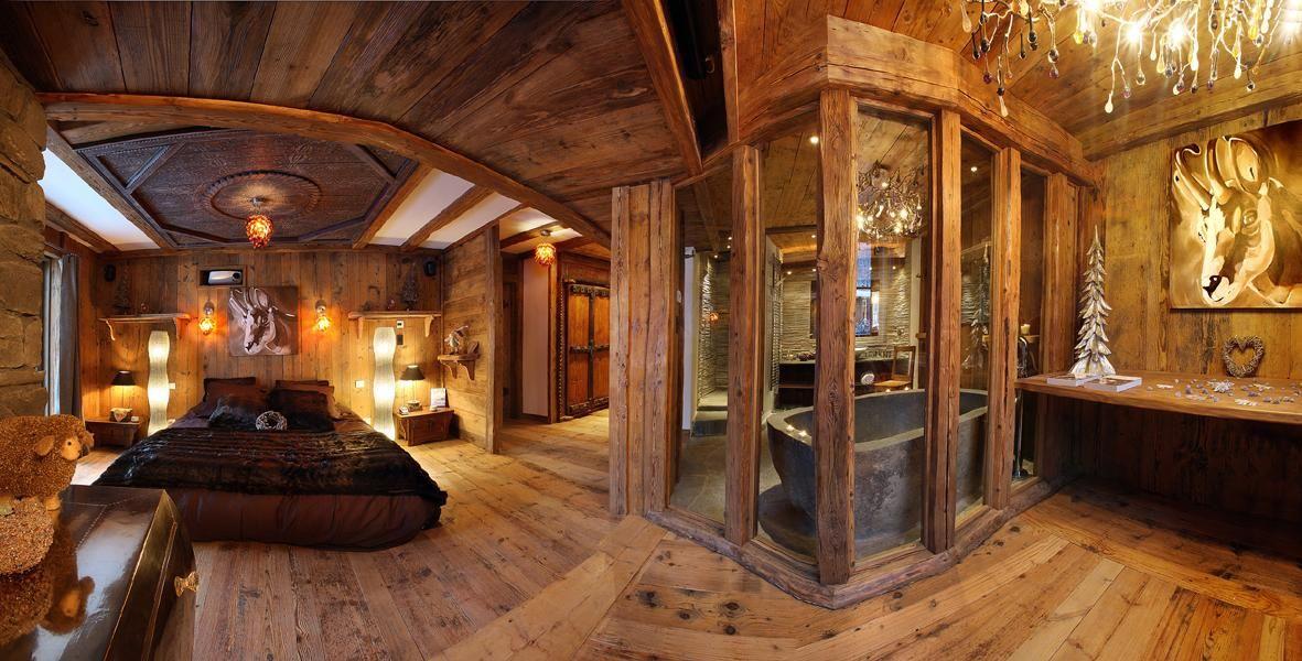 Comment bien décorer son chalet   Idee deco interieur, Maison bois ...