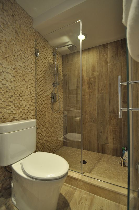 Stand Up Shower with Frameless Shower Doors.   For the Home ...