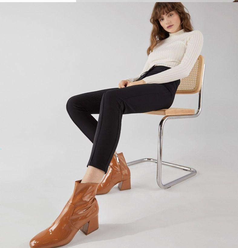 0e84821e1fc Mid-heel patent finish ankle boots - Bershka #fashion #newin #new #trend  #trendy #vinyl #vinilo #moda #tendencia #aw18 #novedades #fall #otoño  #autumn ...