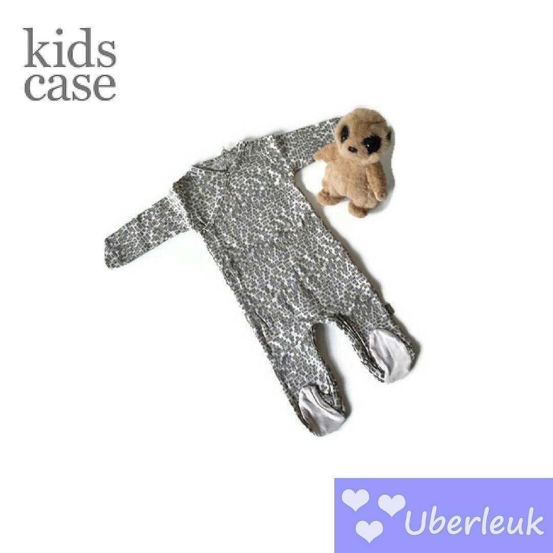 Super mooi boxpakje met voetjes van KidsCase: ideale newborn outfit #newborn #firstoutfit #kidscase #footies