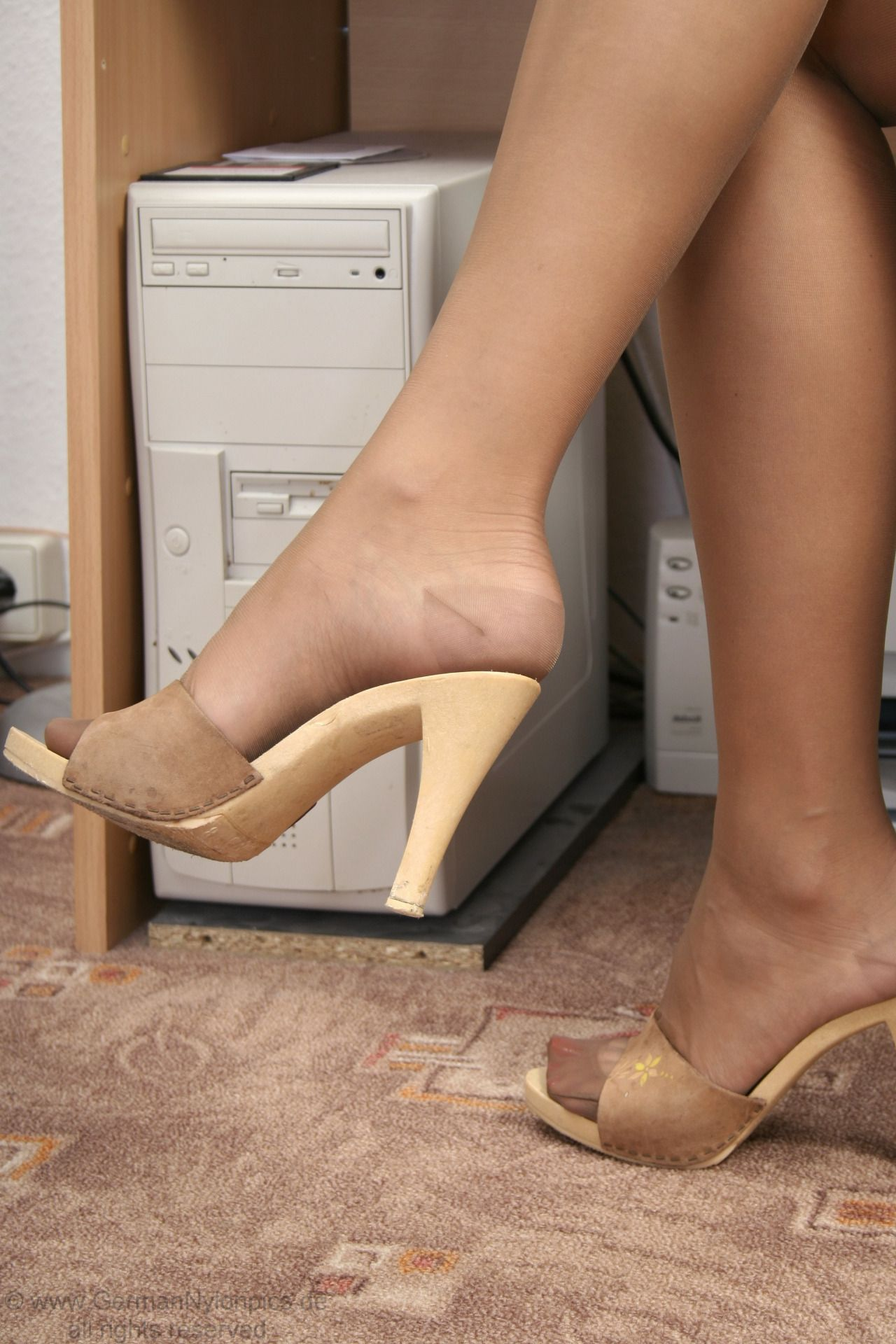 Sexy Pantyhose n Nylons : Photo