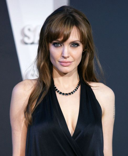 Angelina Jolie Pink Lipstick Long Hair With Bangs Angelina Jolie Hairstyles With Bangs