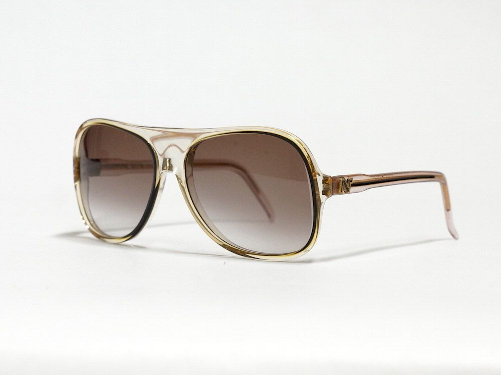 Vintage sunglasses by Nina Ricci model 123-B18T