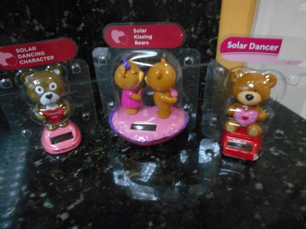 Solar Powered Dancing Valentine's Kissing Bears Lot of 3 - NIP! + FREE GIFT!!