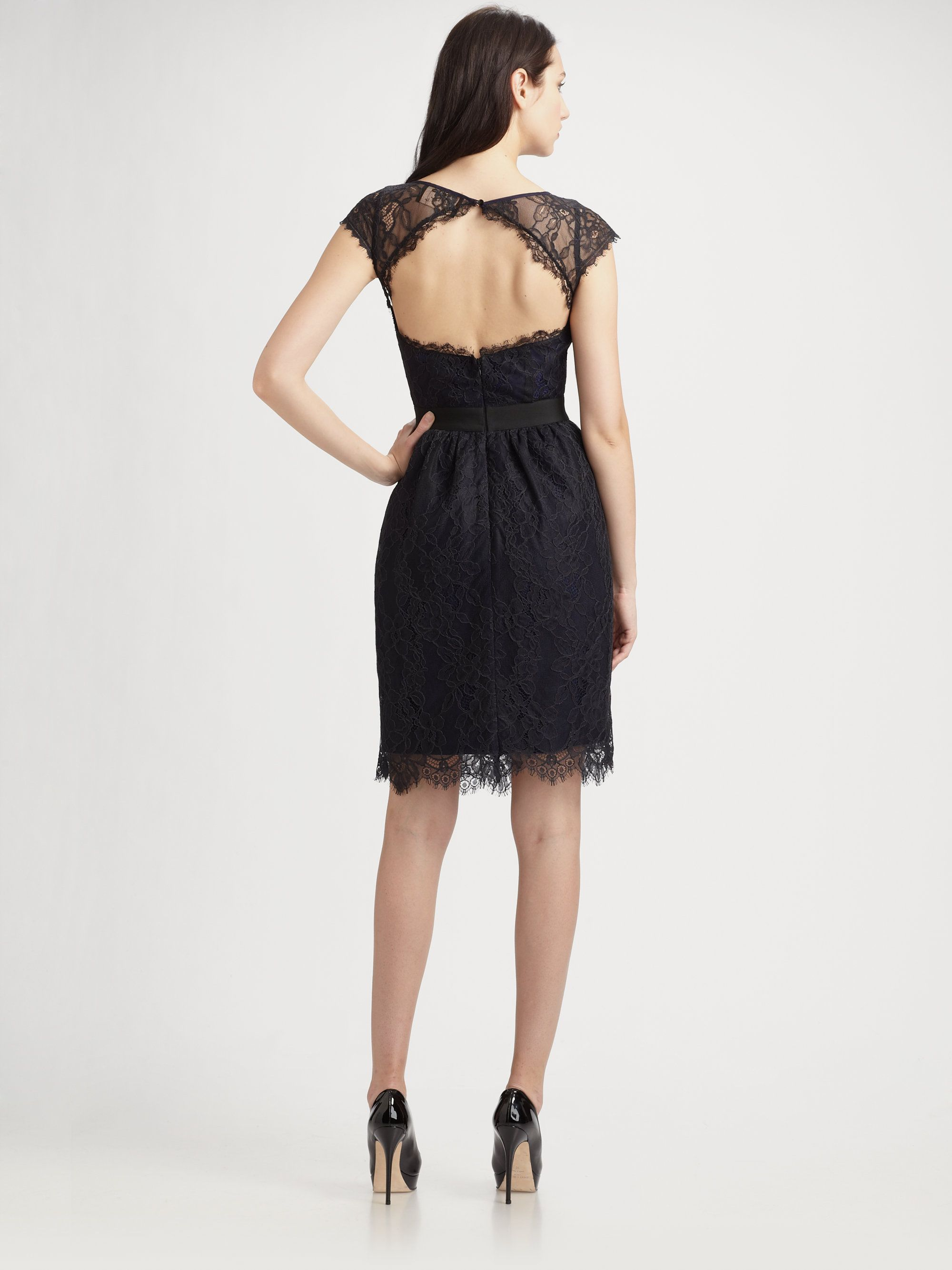 Ml monique lhuillier midnight lace cocktail dress