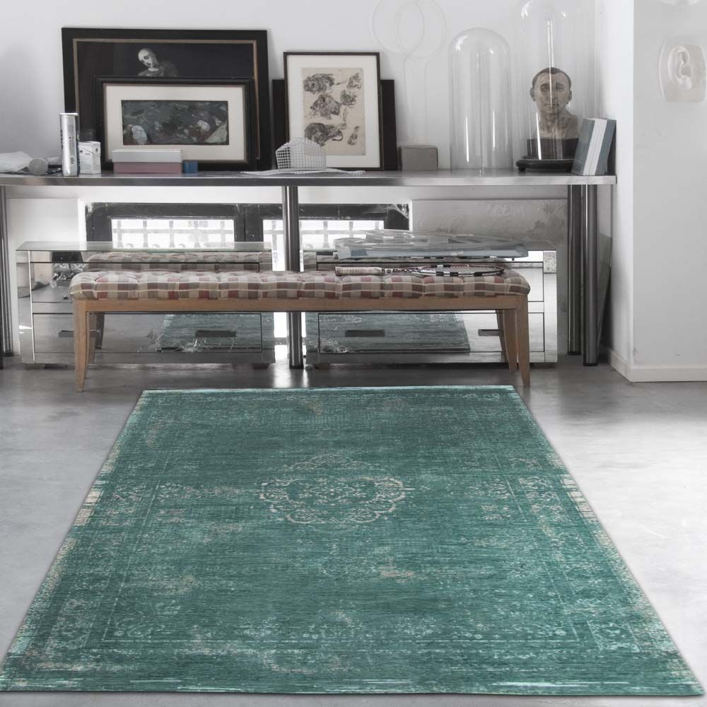 Pin By Heugah Interiors On Fading World Rugs Vintage Style Rugs Green Rug Rug Styles