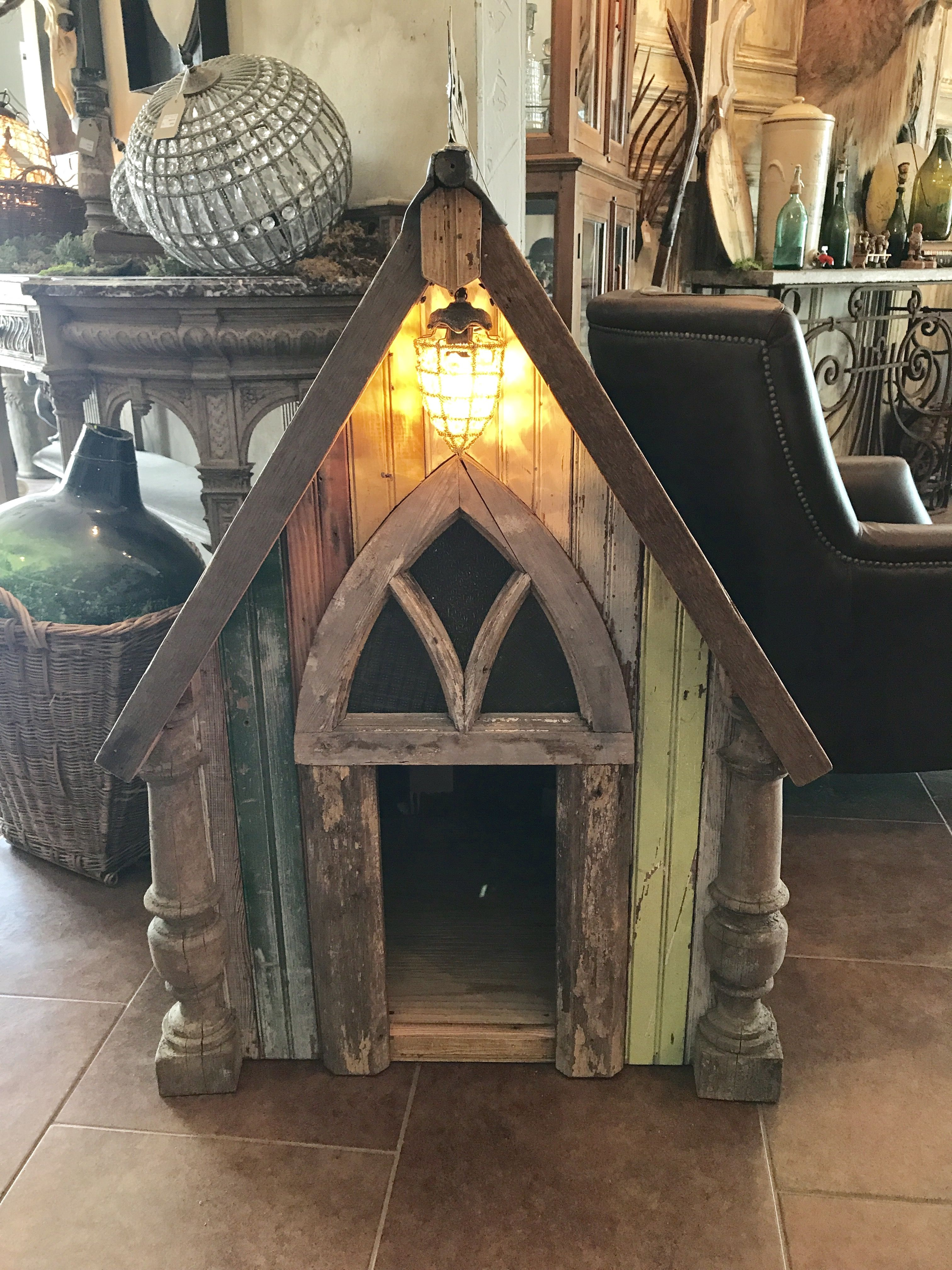 Custom Made Dog House Out Of Reclaimed Wood From Old World Antieks Dog House Diy Dog House Diy Outdoor Outdoor Dog House [ 4032 x 3024 Pixel ]
