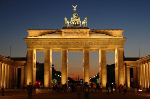 Berlin Top Things To Do Travel All Around The World Pinterest - 10 things to see and do in berlin germany