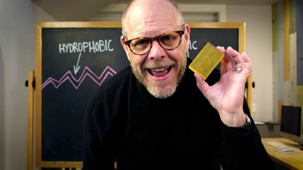 Alton Brown Explains Why Soap Is Better Than Hand Sanitizer During