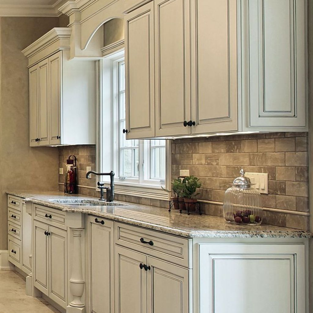 How To Glazing Kitchen Cabinets (With images) | Simple ...