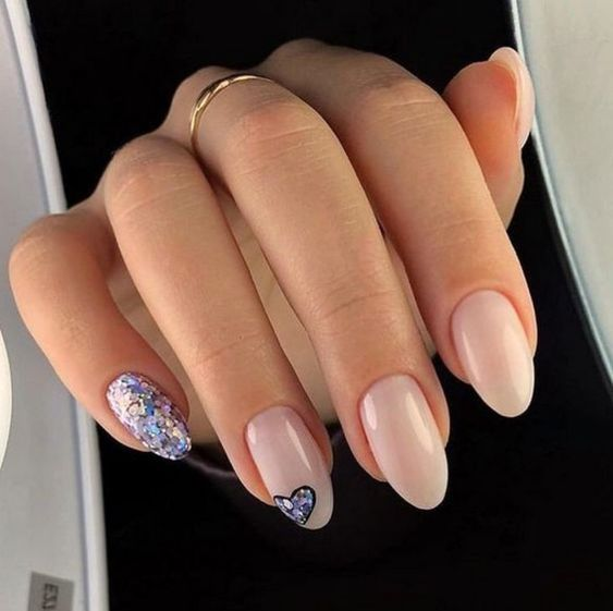 Nails Natural Nails Solid Color Nails Acrylic Nails Cute Nails Wedding Nails Sparkling Glitte Solid Color Nails Valentine S Day Nail Designs Simple Nails