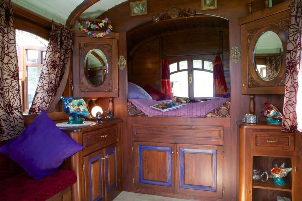 Gypsy Wagon Interior Floor Plan   Google Zoeken