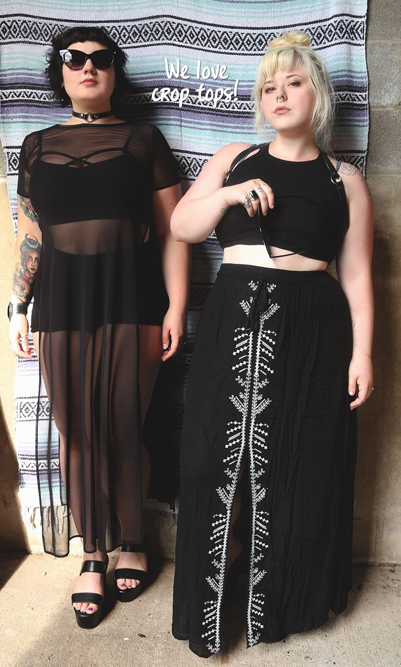 bbfafd4fb5f3c Summer Goth layers for days. Crop tops