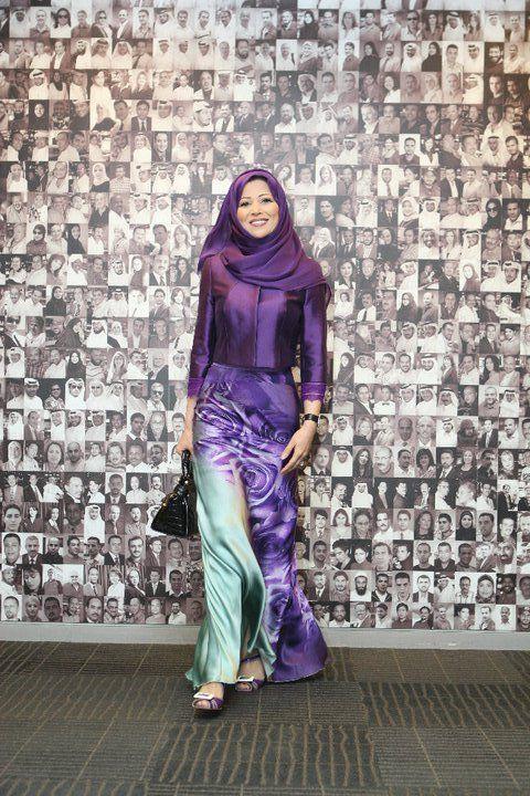 Cantiknya Padanan Warna Dia Purple Structured Top With Silky Skirt Labuh