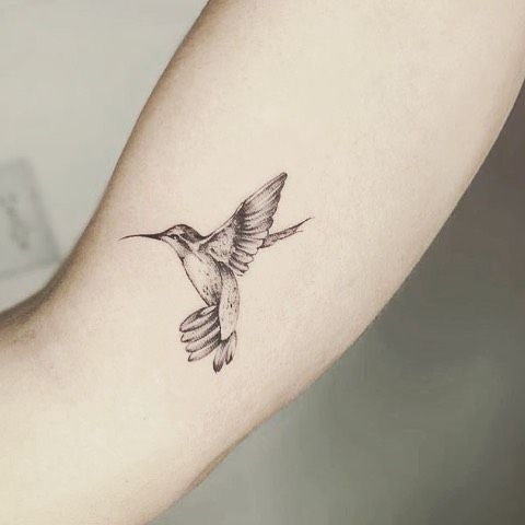 Tiny Humming Bird Tattoo Black White Simple Forearmtattoo Small Hummingbird Small Bird Tattoos Hummingbird Tattoo Bird Tattoo Sleeves