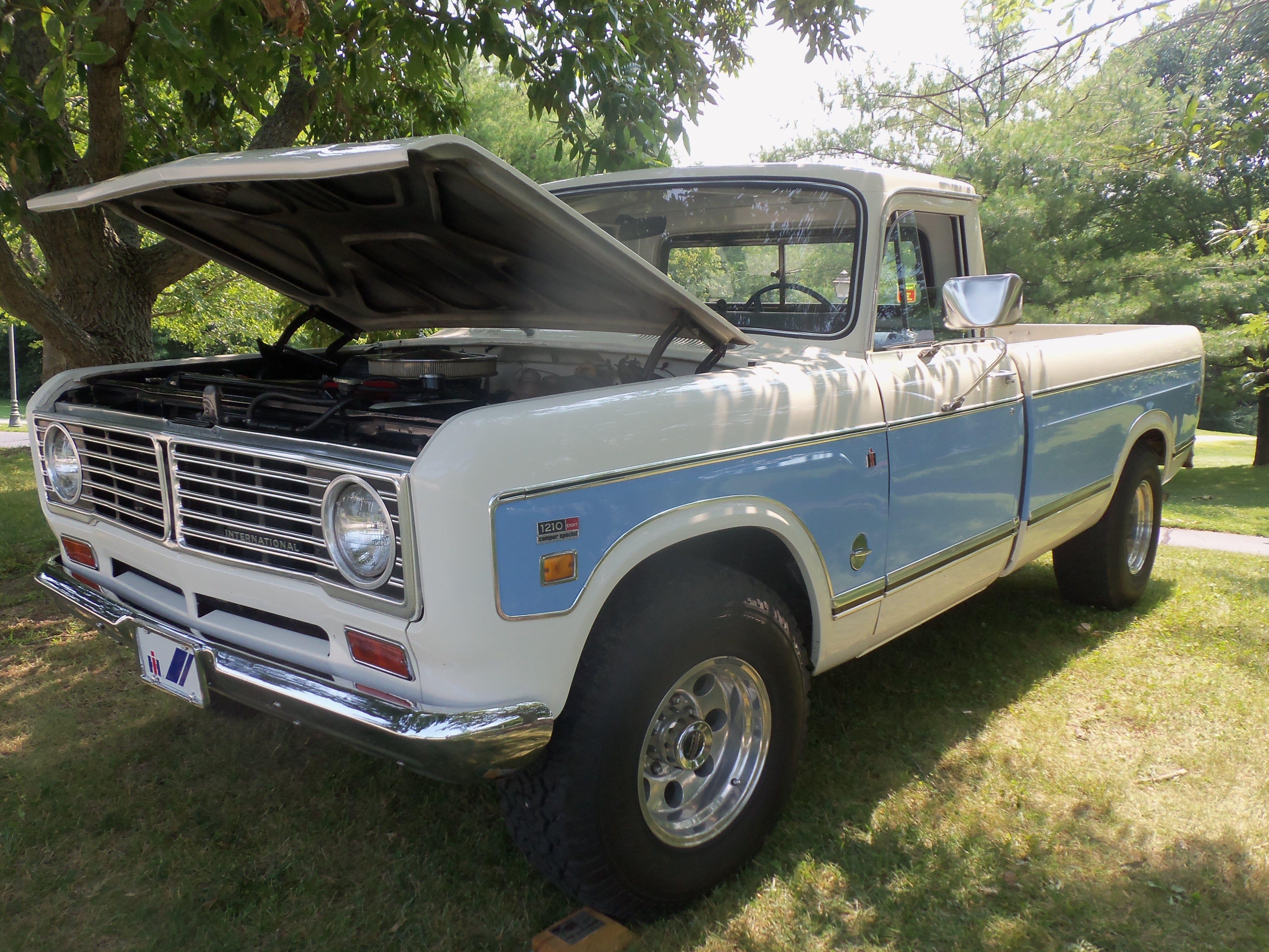 International 1210 camper special picker truck