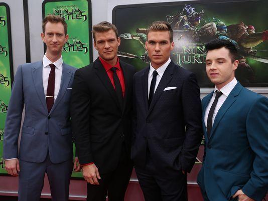 Meet The Turtles Ninja Stars Reflect On Cast Chemistry Teenage Mutant Ninja Turtles Movie Tmnt Movie Teenage Mutant Ninja Turtles