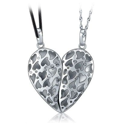ae3cd13fbc Broken Piece Keep Half Heart Magnetic Connecting Couple Necklaces Set -  Matching Couple Necklaces - Couple Jewelry for 2 Personalized Couples Gifts    His ...