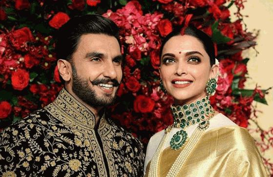 Deepika Padukone And Ranveer Singh Posed For Photos For The Media At The Leela Palace Hotel Wherever Their Bollywood Wedding Deepika Ranveer Simple Prom Dress