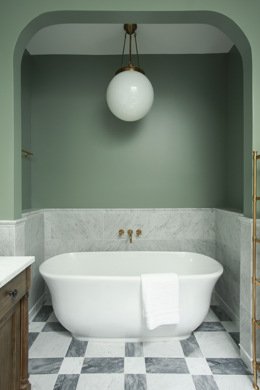 Master Bathroom of a Philadelphia Victorian Townhouse ...