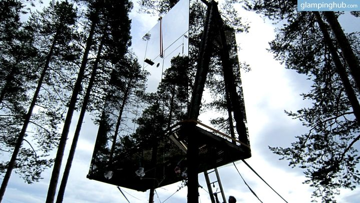 Amazing mirrored tree house in Sweden for a unique glamping trip in Europe