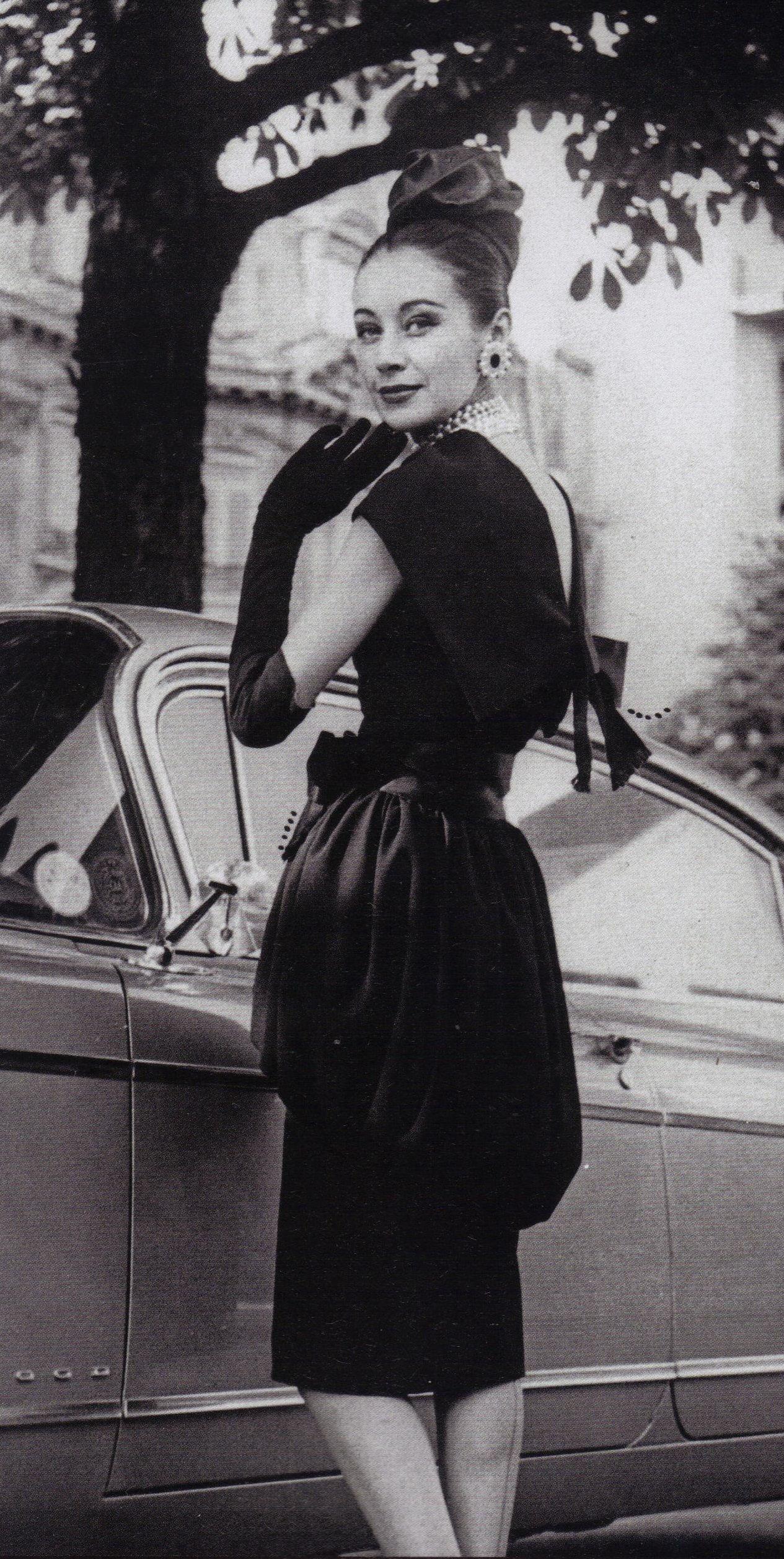 Black dress we heart it - 1959 Dior Dress By Ysl 50s 60s Designer Couture Black Dress Cocktail Black Velvet Bow