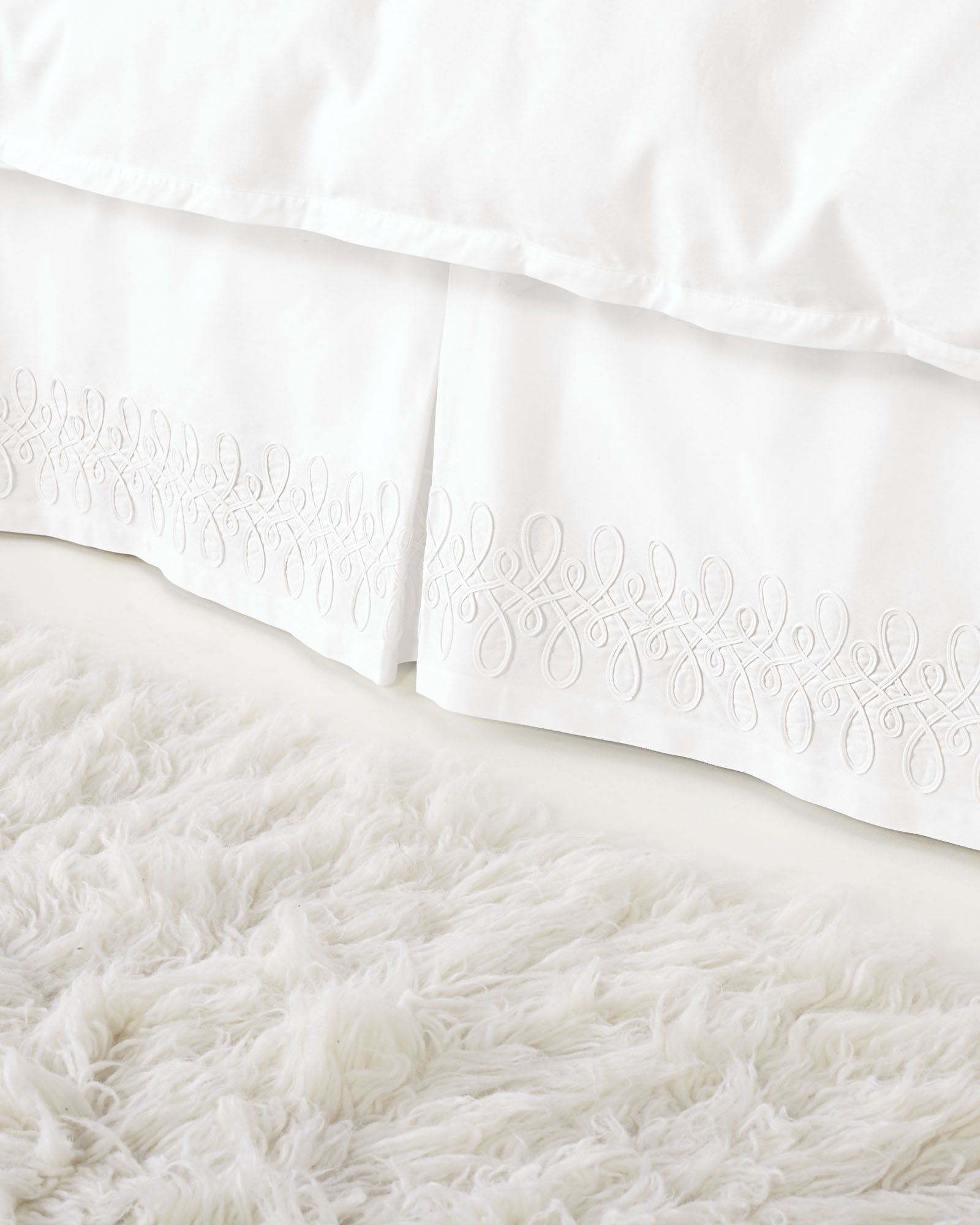 serena lily swirl applique bedskirt products
