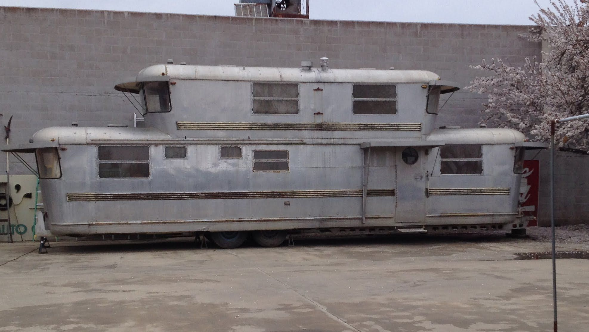 An amazing 2story trailer and the girl who called it home