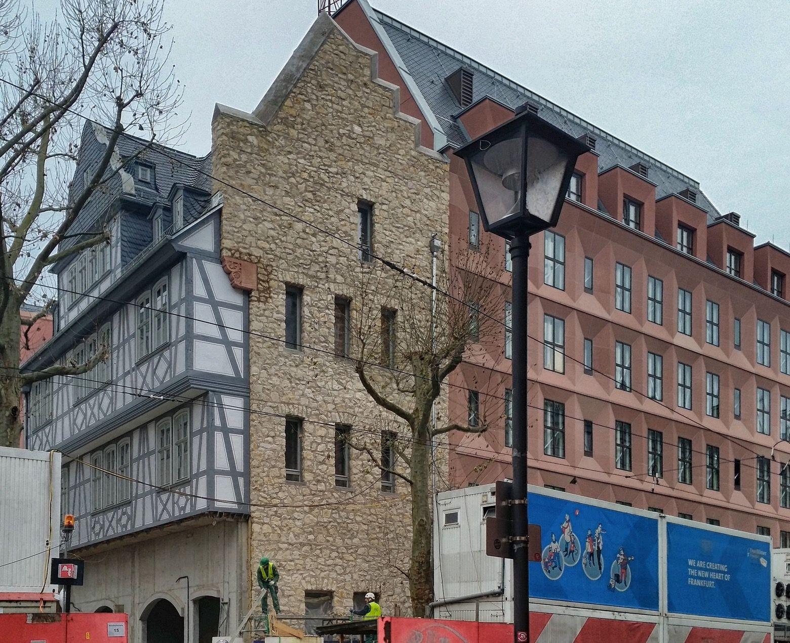 hof rebstock neue altstadt frankfurt am main. Black Bedroom Furniture Sets. Home Design Ideas